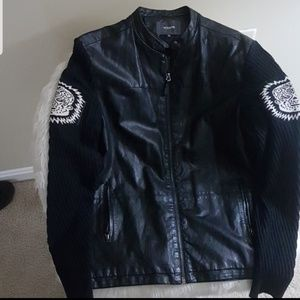 Leather Jacket perfect for Fall/Winter